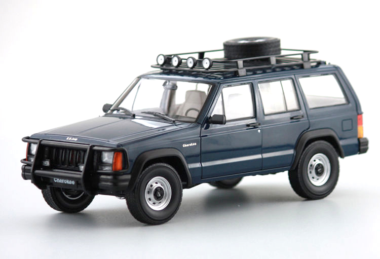 1:18 Diecast Model for Jeep Cherokee 2500 Blue SUV Alloy Toy Car Miniature Collection Gifts 1 18 bjc jeep 212 with cannon army military suv diecast alloy metal suv car model toy boy girl birthday gift collection hobby