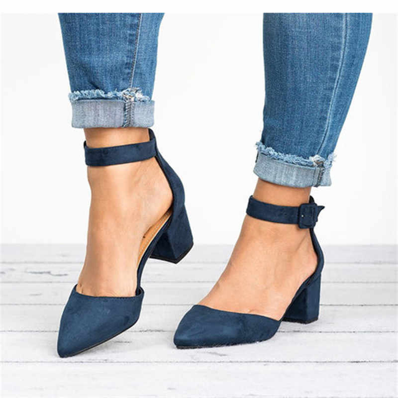 Pabrik Langsung Rendah Tumit Sandal Wanita Tali Pergelangan Kaki Sepatu Musim Panas Wanita Plus Ukuran 43 Blok Tumit Sepatu Wanita 2019 Kasual sandal