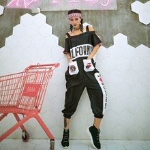 2018 nowy bez ramiączek kobiety kombinezony pajacyki Graffiti wydrukowano list luźne kreskówka Hip Hop pajacyki spodnie Streetwear tanie tanio 310205 Poliester COTTON Pościel Patchwork syue moon Kieszenie Suknem Kombinezony i Pajacyki hip hop style