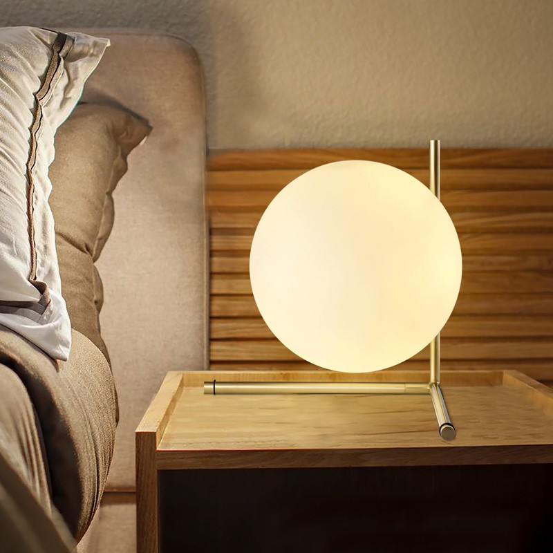 Table lamp modern style glass Nordic simple bedroom bedside lamp creative personality decorative ball CL