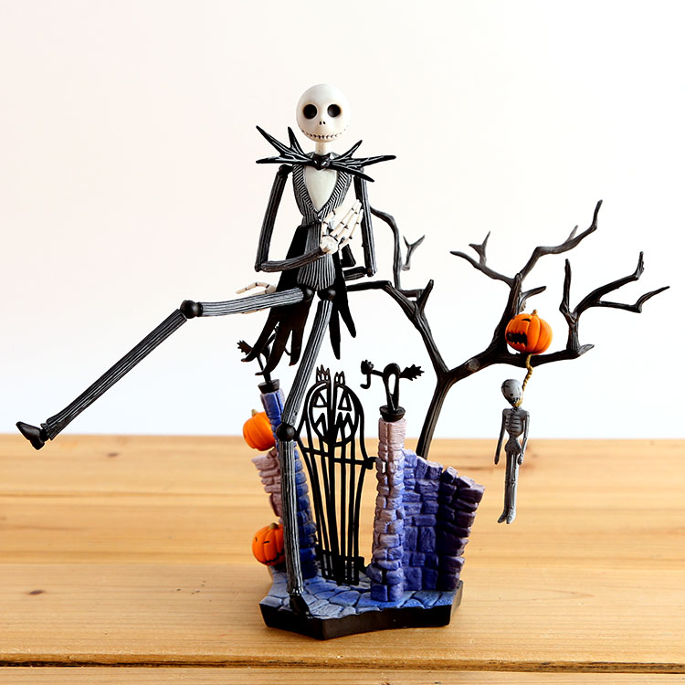 SCI-FI Revoltech Series NO.005 Jack Skellington PVC Action Figure Collectible Model Toy 18.5cm The Nightmare Before Christmas the nightmare before christmas halloween town pumpkin king jack wacky wobbler bobble head action figure collection toy