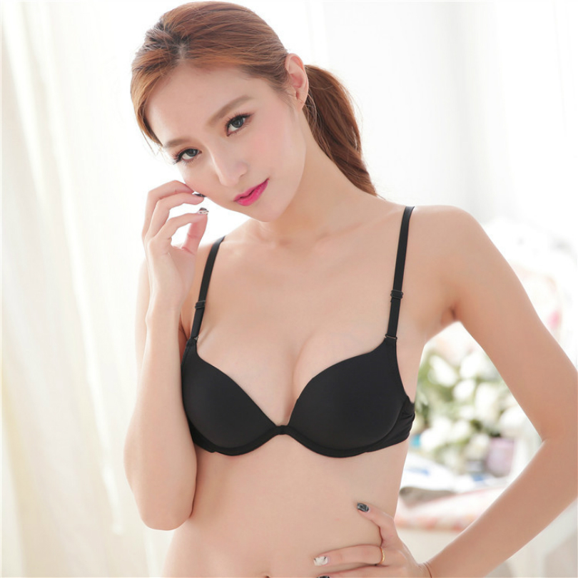 Best bras for small breasts that look good and feel comfortable
