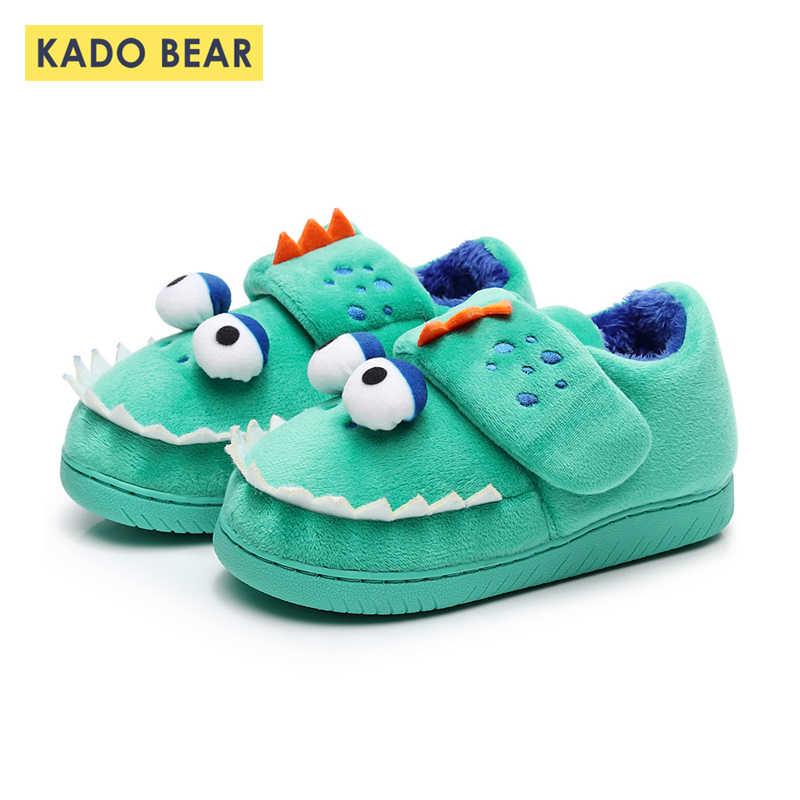 ילדי כותנה חורף נעלי בית ילדים Cartoon דינוזאור לפעוטות בני פרווה בפלאש חם רך כישלון להעיף תינוק בנות שינה מקורה נעליים