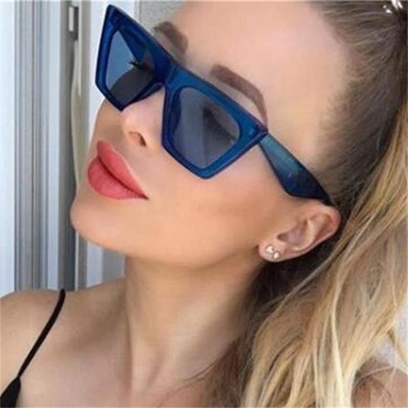 6e93d089d6 Gafas de sol Retro ojo de gato mujeres grandes planas gafas de sol hombres  plástico transparente azul marco negro gafas de sol 2018 marca en Gafas de  sol ...