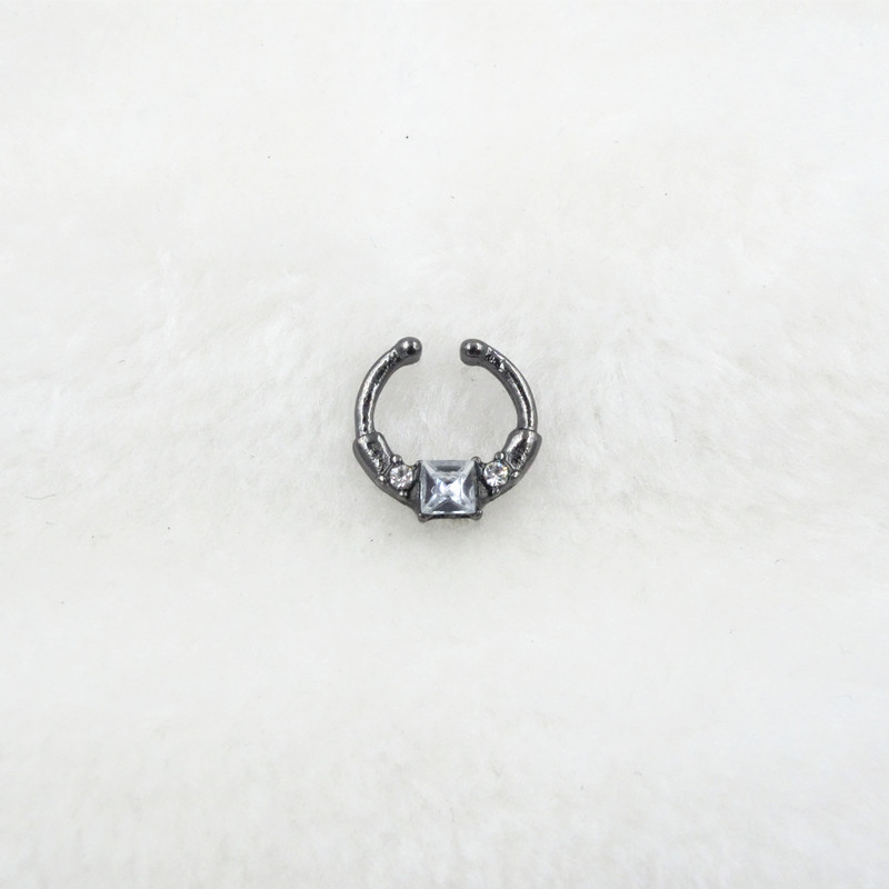 HTB1nvRBPVXXXXbMXXXXq6xXFXXXp Trendy Women Black Alloy Clicker Septum Nose Ring Jewelry - 10 Styles