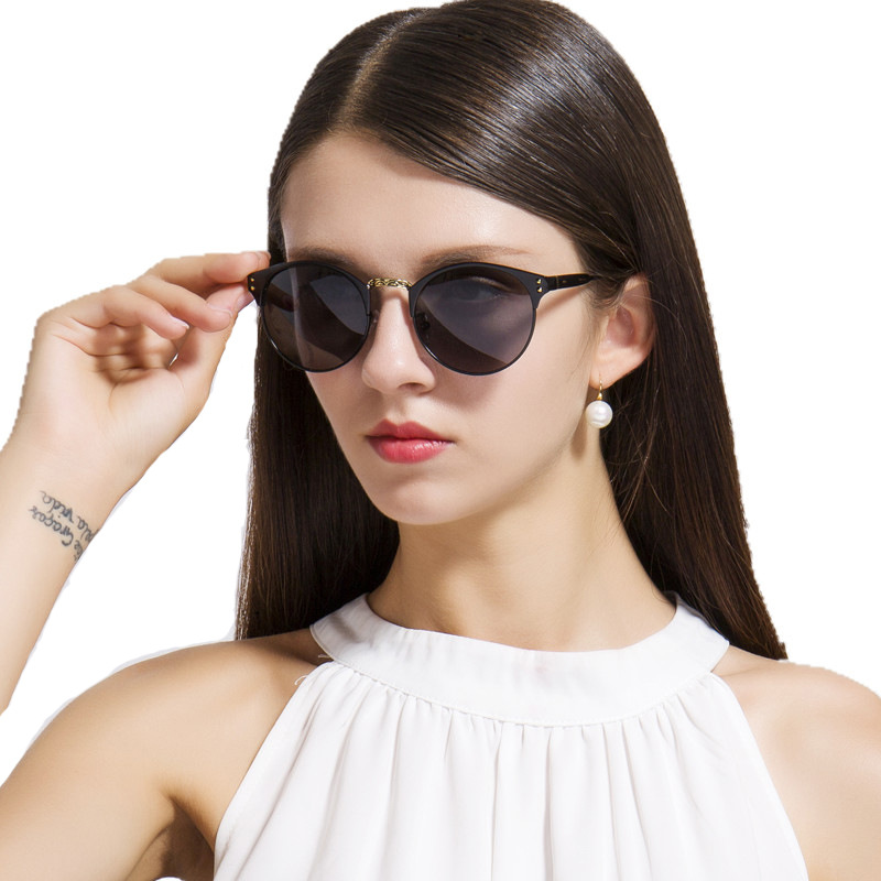 2017 brand designers design new models of male and female sunglasses with high quality and high quality glasses oculos