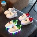 2017 de 1 a 5 años luz led shoes baby boys y niñas fashion shoes shoes recién nacido niño niños casual shoes kids la zapatilla de deporte