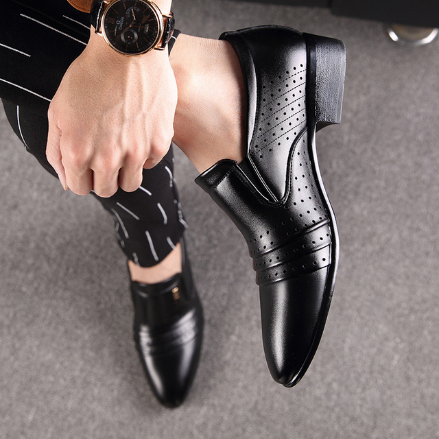 Pointed Black Shoes
