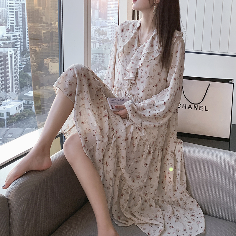 Mishow 2019 Women Chiffon Dress Female Floral Midi Dress Korean Casual Dress Lolita V Neck Dress