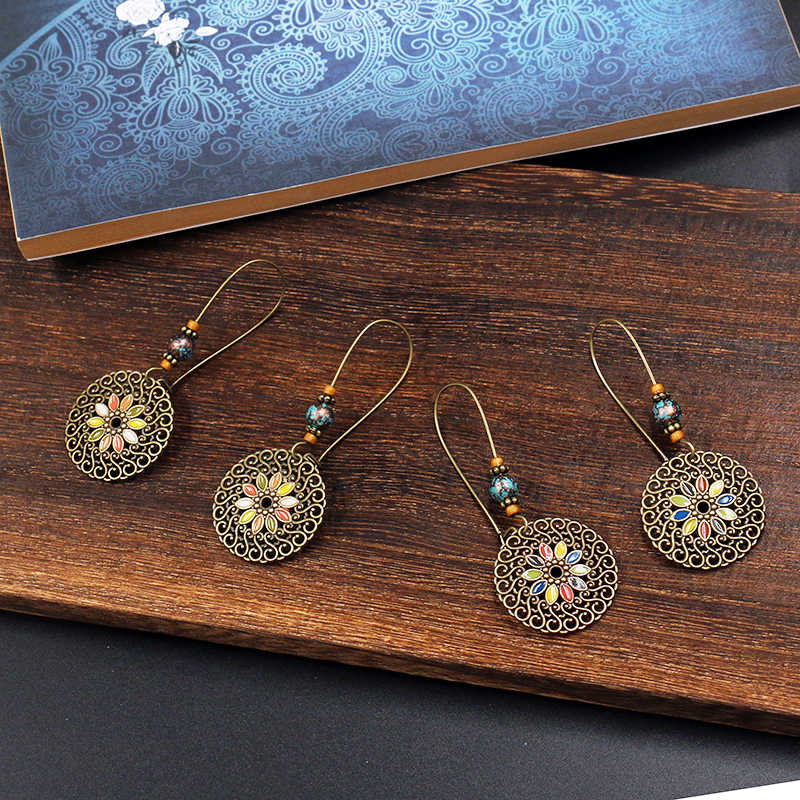 Amader 2018 Vintage Women's Hollow Round Pendant Enamel Flower Oorbellen Bohemian Dangle Earrings Beads Earrings HQER246
