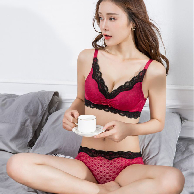 83bd94ac12aff MINGMO 2018 China Hot Sexy Image Bra Lingerie Wholesale Push Up Intimates  Glossy Wide Bra Set Women Underwear Set Bra And Panty
