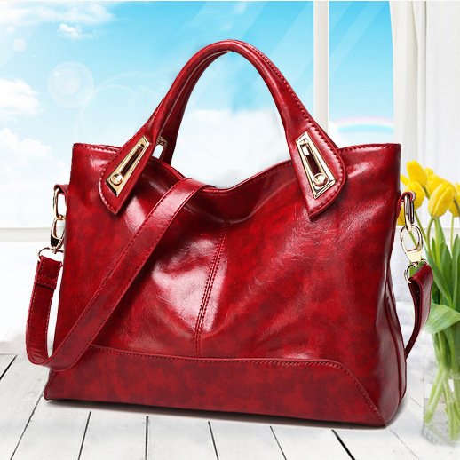 2016 new fashion oil wax shoulder messenger bag manufacturers selling one generationFree shipping