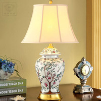 Limited Quantity Chinese Style Hand Painted Ceramic Vase Design E27 Dimmiable Table Lamp For Study Living