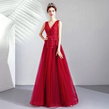 de2596cbe Vestidos De quinceañera roja Simple vestido De graduación apliques cuello  en V bata De Bal 15