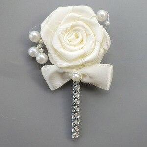 Image 5 - (Handgelenk blume und boutonniere) Elfenbein Perlen Satin Bouquet Creme Perle Perlen Blumen Halten Seide Hochzeit Braut Bouquet Set