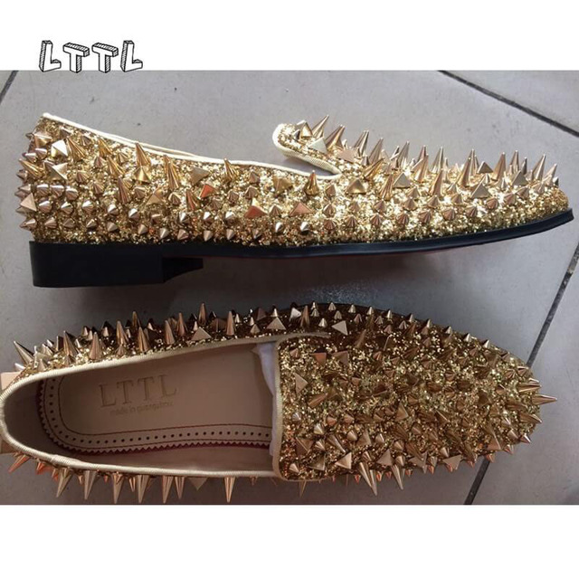 2018 Hot Sale New Shinny Glitter Flats Shoes Black Sliver Gold Spiked Mens  Loafers Slip On Rivets Men Prom Party Wedding Shoes 2b6129186dca