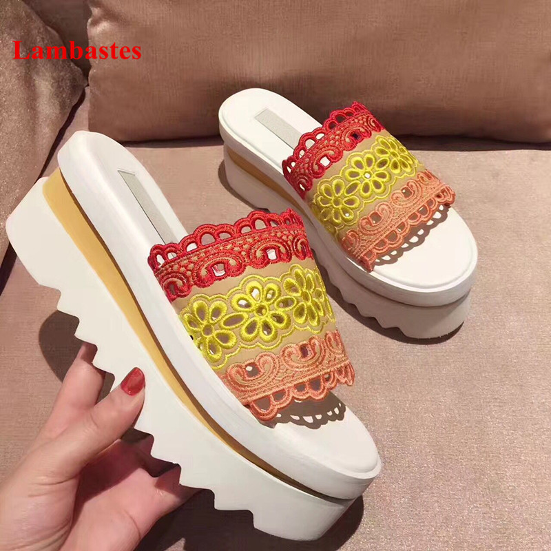 2019 Hot Summer Shoes Women Open Toe Embroidery Pleated Designer Women Slippers Casual Flat Platform Slippers Pantuflas Mujer