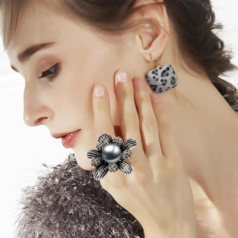 SINLEERY Vintage Simulated Gray Pearl Big Rings For Women Antique Silver Color Cubic Zirconia Flower Jewelry Anel JZ075 SSE
