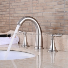 купить Bathroom Brushed Nickel  Mixer Faucet Two Handles 3 Hole Basin Sink Hot Cold Water Taps Nnf039 дешево