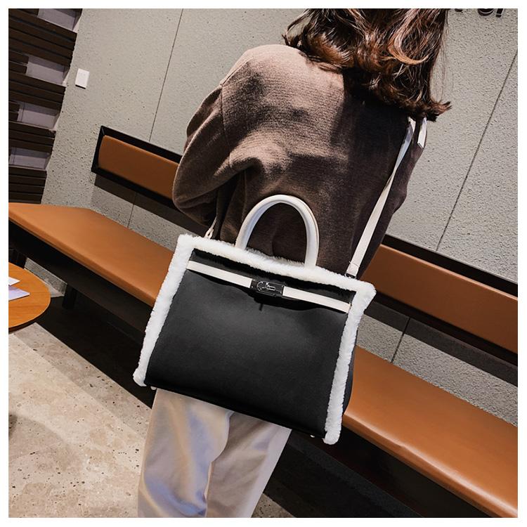 Korean handbag large capacity bucket hand bag designer big tote designer Fur women messengerc winter shopping wool no lock 110