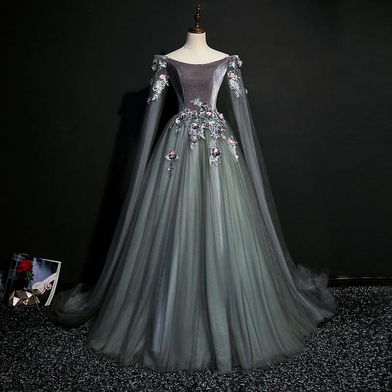 It's YiiYa Wedding Dresses Gray Long Sleeve Appliques Beading Boat Neck Velvet Brides Gowns Vestidos De Novia Casamento MN007