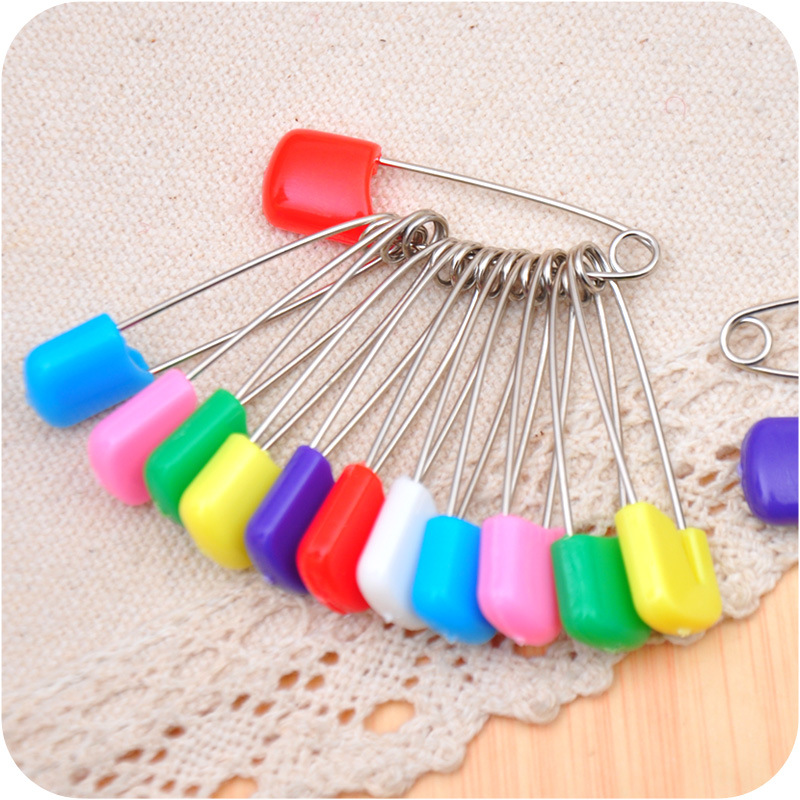 20Pcs/Lot Baby Diaper Pins Baby Safety Pins Secure Clips Candy Color Multifunction Brooch Holder Diaper Fixed Belt Accessories