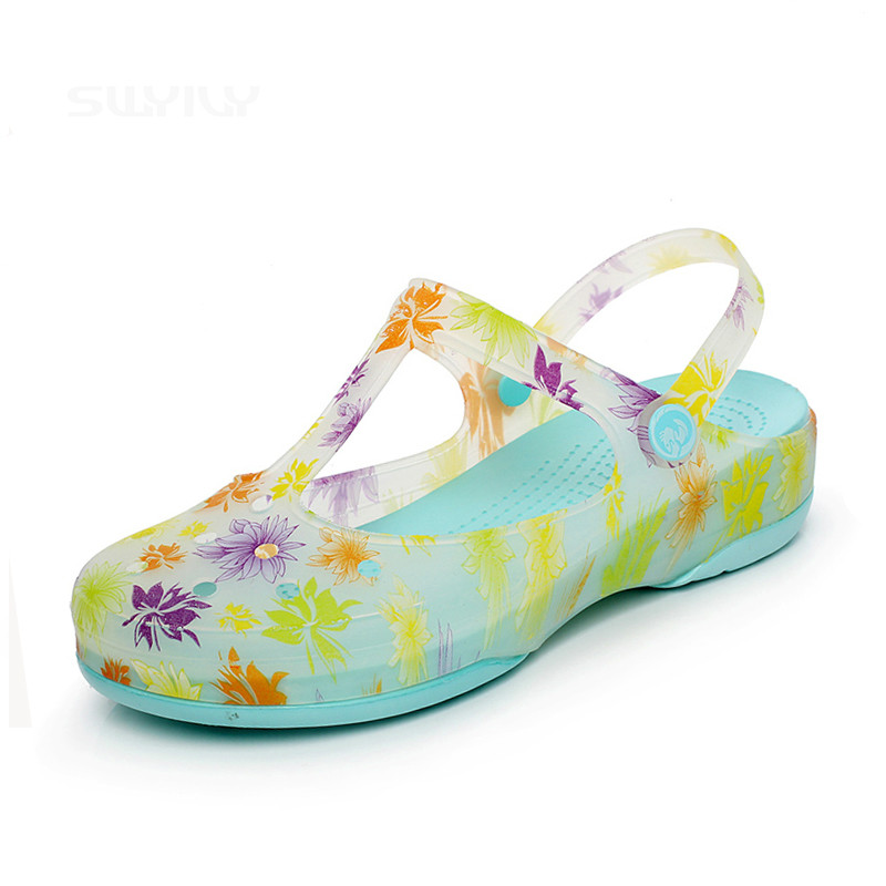 Summer Gradient Color Clogs For Women Hole Shoes Thick Soles Jelly Sandals Beach Garden Shoes Floral Print Slippers summer 2017 new color crystal bling sandals woman anti skid hole jelly shoes flat garden beach rain shoes