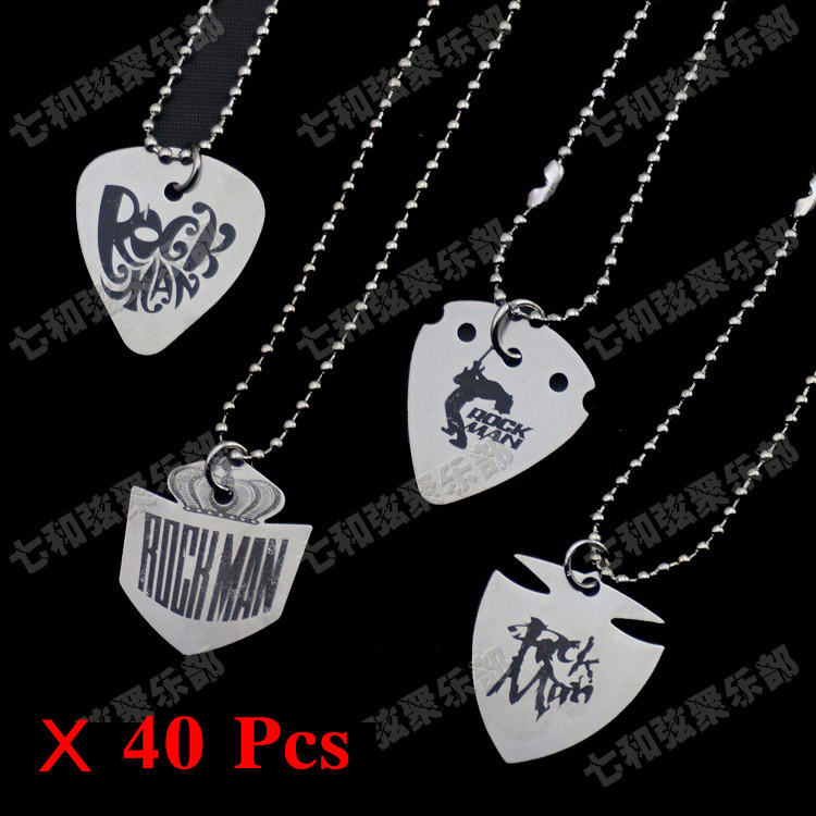 40 pcs stainless steel guitar picks playing heavy metal guitar picks with pendant necklace for 4. Black Bedroom Furniture Sets. Home Design Ideas