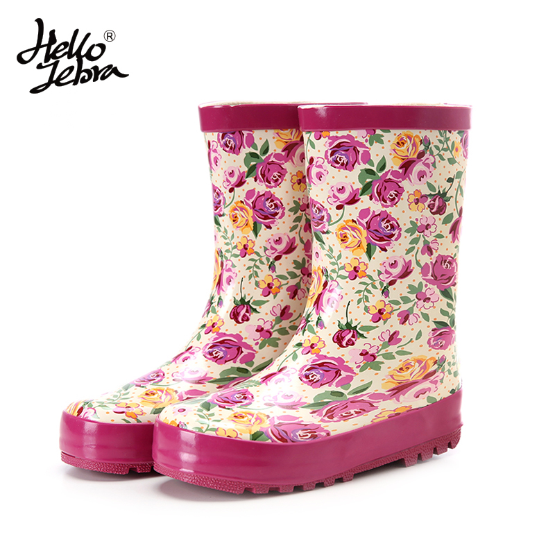 RainBoots Women Fashion Hot sale 2016 Adult New Shoes Boots for Rainy Days Rubber Waterproof Women Rain Boots Pink Flowers Boots free shipping fashion madam featherweight rubber boots rainboots gumboots waterproof fishing rain boots motorcycle boots