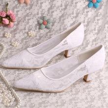 รุ่นใหม่แบรนด์รองเท้าสีขาวลูกไม้รองเท้าตอนเย็นสุภาพสตรีแฟนซีแหลมนิ้วเท้ารองเท้าแต่งงาน