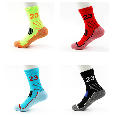 2019 NEW Outdoor Racing Cycling sock basketball socks Bicycle cotton football athletic Breathable Road bike sport socks men sale Lahore