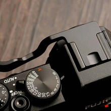 Aluminum Thumb UP Grip Perfect Fit For Fuji  FUJIFILM X-T10 XT10 XT-20 Metal Rest Hot Shoe Cover