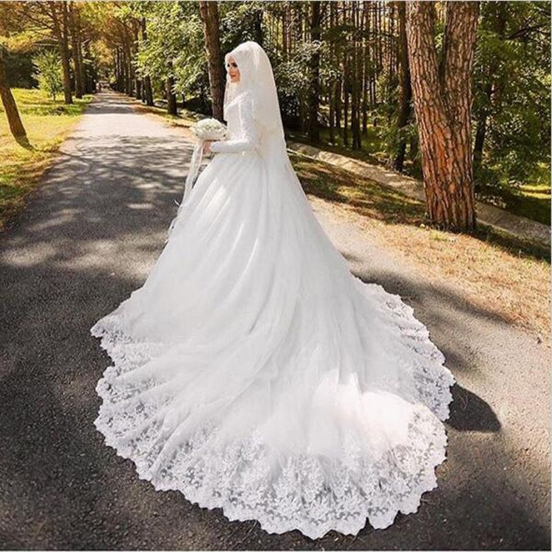 Vintage Exquisite Bridal Dresses Lace Applique Cover Back High Neck Long Sleeves Bridal font b hijab