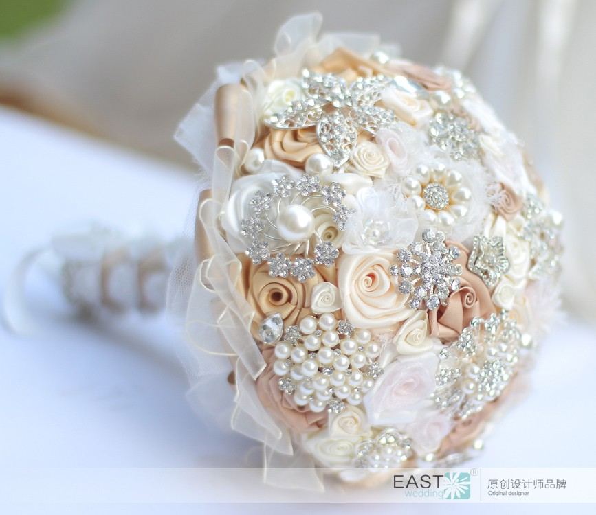 IVORY champagne brooch bouquet