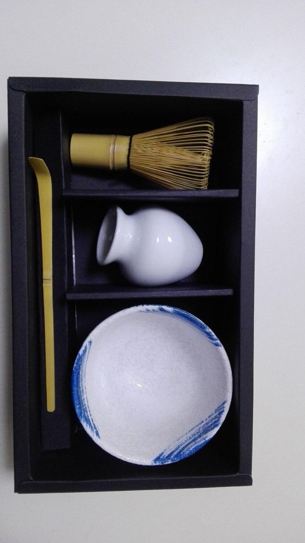 Bol japonais matcha cuillère à fouet et support de fouet blanc 4/PC cadeau cérémonie du thé japonais Matcha définit des outils traditionnels Matcha