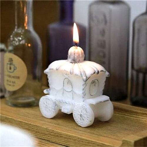 Romantic Wedding Gifts: 1Pc Paraffin Wax Candle Favor Elegant Pumpkin Carriage