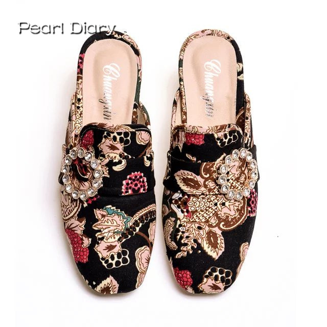 2018 Women Luxury Mules Slippers Rhinestone Toe Fur Slides Embroidery Half Slippers Velvet Flower Mule Shoes Mujers Size 35-43 fashion 2018 3d embroidery women slippers flower decoration velvet mules woman shoes slides flats sandals ladies half slippers