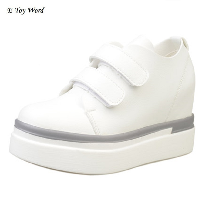 E TOY WORD Fall 2018 new single shoes female shoe buckles leisure sports shoes white shoe increased within the joker