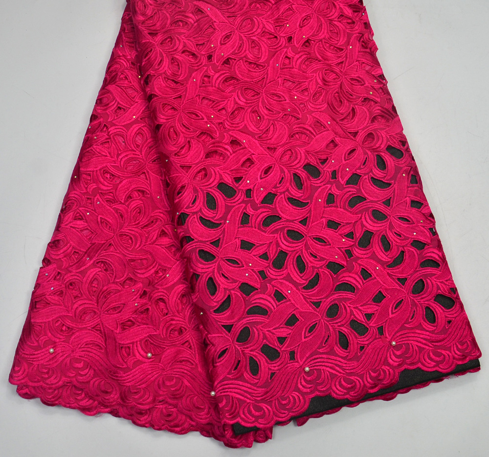 Latest 100%  High Quality Fushia African handcut Swiss Voile lace for Nigeria wedding lace fabrics 5 Yards Handcut Big laceLatest 100%  High Quality Fushia African handcut Swiss Voile lace for Nigeria wedding lace fabrics 5 Yards Handcut Big lace