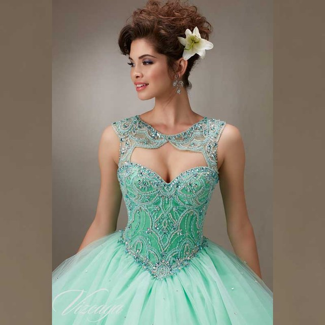 Beatiful Ball Gowns Crystals Beading peach Quinceanera Dresses Open Back  Ruffles With Tulle for 15 Years 602c2ce23b8f
