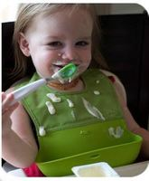 2015 New Style Baby Silicone Bib Stereo Disposable Baby Bib Kids Bibs Children Pick Rice Pocket