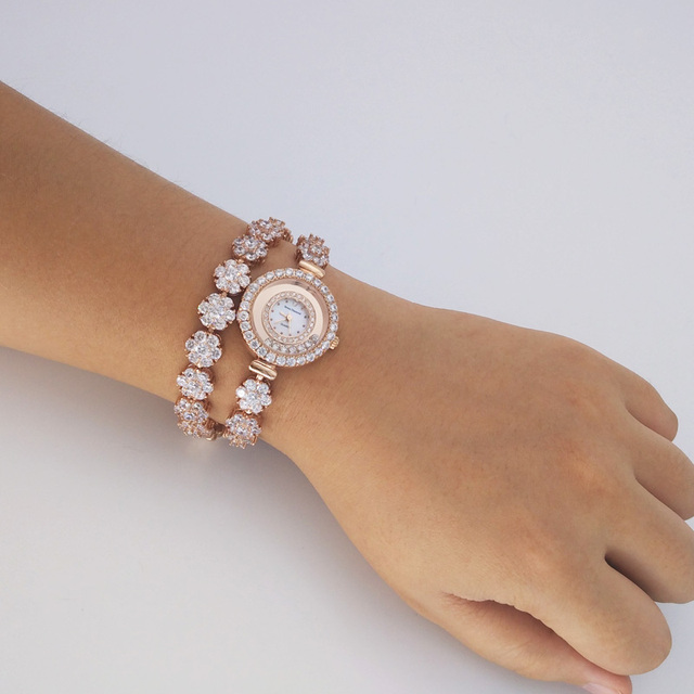 Luxury Jewelry Women's Watch Prong Setting Crystal Rhinestone Twining Bracelet Fashion Hours Clock Dress Girl Valentine Gift Box