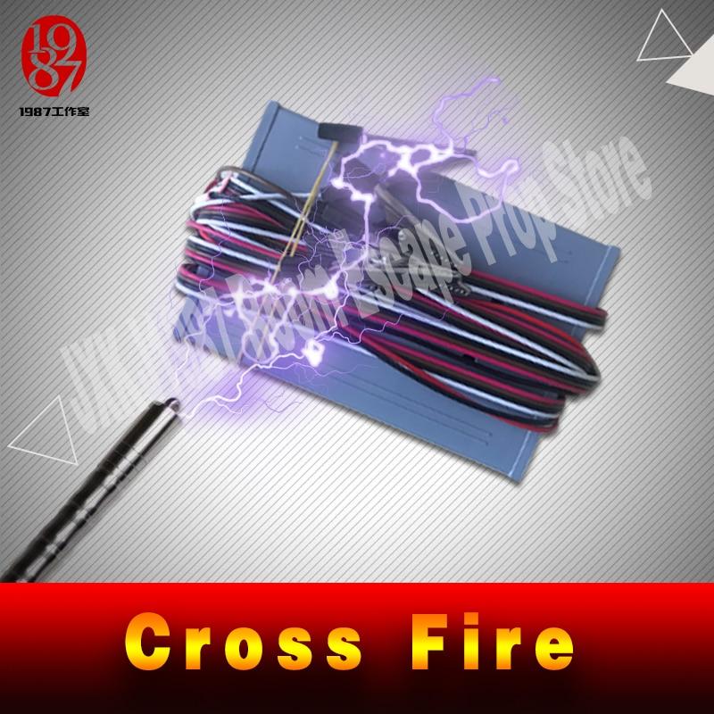 Image 2 - Pokój ucieczka gra puzzle cross fire prop zachować metalowy pierścień crossing, aby śledzić, aby odblokować zapobiegający oszustwom żelazny pierścień prowadnicy jxkj1987Zestawy systemów alarmowych   -