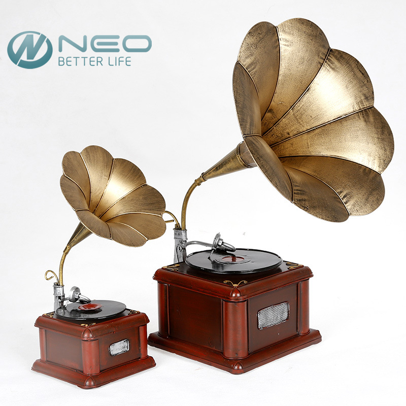 NEO Metal Retro Phonograph Model Vintage Record Player Prop Antique Gramophone Model Home Office Club Bar