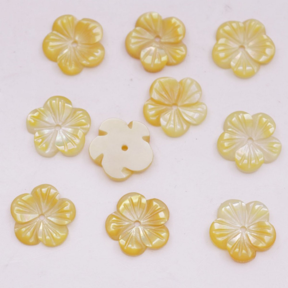 Купить с кэшбэком 10PCS 12mm Shell Flower Charms Natural Yellow Mother of Pearl Loose Beads