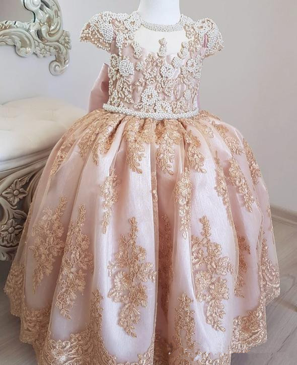 2019 Flower Girl Dresses For Weddings Ball Gown Cap Sleeves Appliques Pearls Bow Long First Communion Dresses For Little Girls
