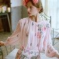 LYNETTE CHINOISERIE Hydrangea flor nueva llegada rosa bordado suelta y cómoda de manga farol bordado camisa de la tapa