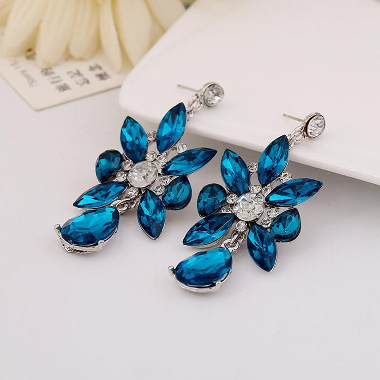 gemstone white earrings blue stud qp in ctw topaz gold