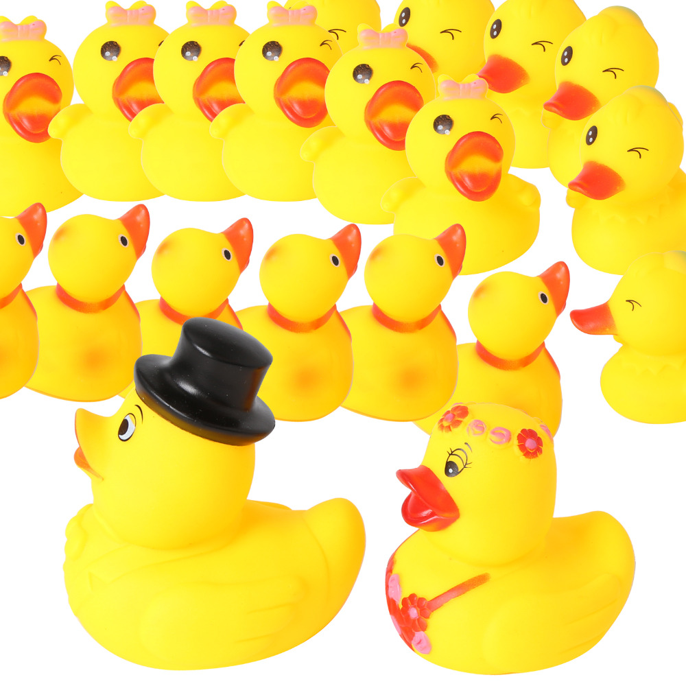 20pcs Bride And Groom Yellow Ducks With Little Duckies Rubber Bath Toys Pure Natural Squeeze Animals For Baby Shower Bathing Toy