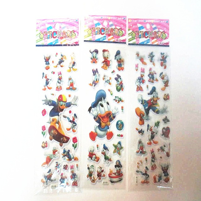 Donald Duck Christmas.Us 2 79 10sheets Cute Donald Duck Christmas Gift Idea Cartoon 3d Bubble Stickers Child Boy Girl Birthday Party Presents Sticker Supplies In Party